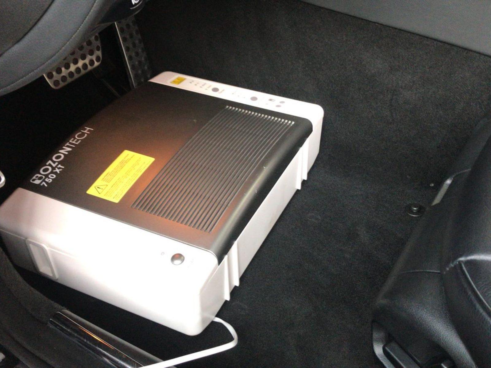 ozonbehandlung-geruchsentfernung-wagenpflege-autoaufbereitung-noiosi-freiburg